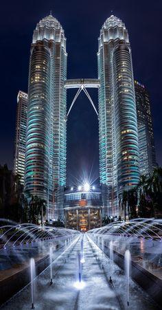 Edge City, Malaysia Travel, Tower Design, City Wallpaper, Amazing Buildings, Beautiful Castles, Night City, City Photography, City Art