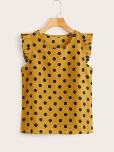 To find out about the Polka Dot Frill Trim Blouse at SHEIN, part of our latest Blouses ready to shop online today! Fall Outfits, Casual Outfits, Sewing Blouses, Summer Shirts, Lovely Dresses, Blouse Designs, Blouses For Women, Fashion News, Polka Dots