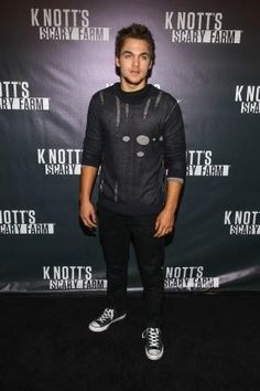 Meninos Teen Wolf, Dylan Sprayberry, Adidas Outfit, Hot Men, Muse, Celebs, Boys, Amor, Beauty