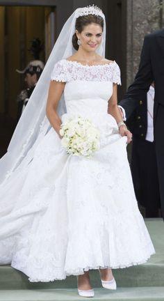 Prinsessan Madeleine i sin bröllopsklänning signerad Valentino.