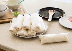 How to Make a Breakfast Burrito (+ A Week of Breakfasts in 20 Minutes)   HelloNatural.co