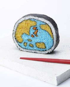 Sushi Art – The creative maki sushi of Tama-chan! http://guyism.com/lifestyle/food/sushi-chef-paints-pictures-rolls.html