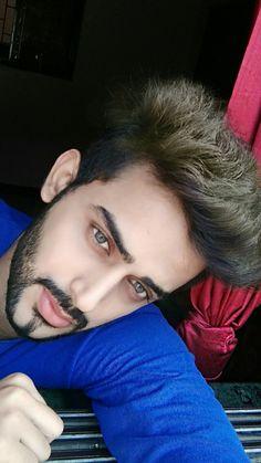Looking Good Isn't Self Importance Its Self Respect. #me #love #igers #look #blue #style  #beard #ahmad_sayyed_
