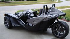Image from http://findusedmotos.com/uploads/postfotos/2015-polaris-slingshot-customized-3.JPG.