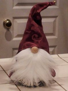Flopped Ear Hat Gnome