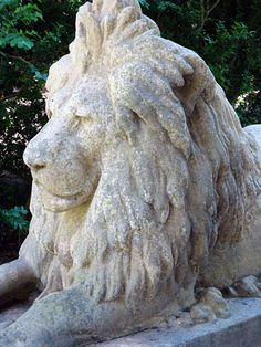 The Well Appointed House by Melissa Hawks. Lion of Hadrian Garden Statue
