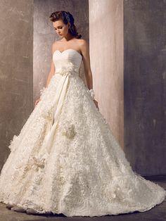 A-line/Princess Plus Sizes Wedding Dress Court Train Strapless - USD $ 199.99