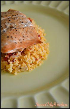 Sweet my Kitchen: Medalhões de salmão com cuscuz de pimento vermelho...