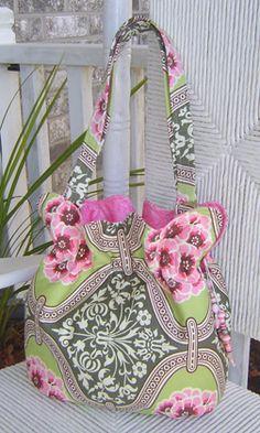 The Boho Baguette by StudioKat Designs ( not a free pattern)