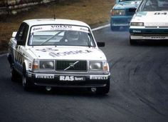 Who says you cant race a Volvo (26 photos)