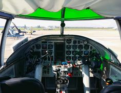 B25 cockpit