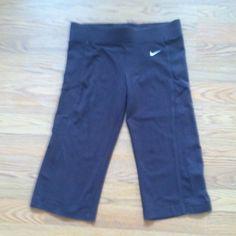 Nike dri fit capris brown size XS In great shape Nike Pants Capris