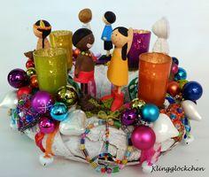Adventskranz - BUNTER WELTFRIEDEN Adventskranz - ein Designerstück von klinggloeckchen bei DaWanda