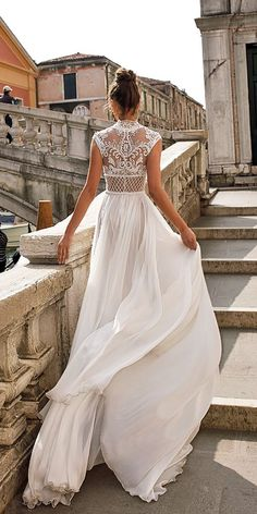 The Best Wedding Dresses 2018 from 10 Bridal Designers wedding dresses photo 2019 a line high neckline lace detailed julie vino wedding dresses wedding dresses photo 2019 Tulle Lace, Tulle Dress, Style Boho, Wedding Dresses 2018, Dress Wedding, Wedding Dressses, Wedding Dresses With Lace, Detailed Back Wedding Dress, Illusion Neckline Wedding Dress