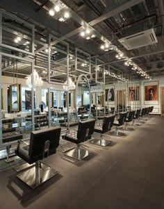 House of Rush - U.K. - Salon Ambience - Hairdressing Furniture - Made In Italy - Produzione e vendita arredamenti per parrucchieri e saloni - Arredamento Barbiere - Salon Equipment - Arredamenti Per Parrucchieri