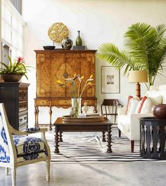 Tropical Decor with some elements of British Colonial West Indies Style. Colonial Style, Home Decor Inspiration, Decor, Interior Design, Home, British Colonial Decor, Tropical Interior, Colonial Style Interior, Home Decor