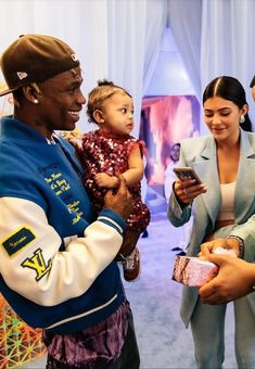 Kylie Jenner Workout, Kylie Jenner Look, Kylie Jenner Outfits, Kardashian Style, Kardashian Jenner, Kylie Jenner's Tattoos, Travis Scott Iphone Wallpaper, Travis Scott Kylie Jenner, Fashion Couple