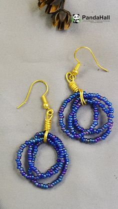 Tutorial on Blue Seed Beads Earrings - Handmade jewelry Beaded Earrings Patterns, Jewelry Patterns, Beaded Bracelets, Bead Patterns, Bracelet Patterns, Bracelet Designs, Embroidery Bracelets, Crochet Bracelet, Bead Jewelry