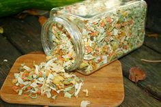 White Russian, Decorative Boxes, Spices, Treats, Homemade, Vegetables, Healthy, Ethnic Recipes, Food