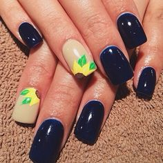 Sunflowers.... Yes please! Love this full set with gel polish by Sierra!!! Wow she's an incredible nail tech and artist proud to have Sierra on our team! 801-223-9356 reserve your appointment today! #nailart #gelpolish #nailsorem #seasonssalon #Padgram