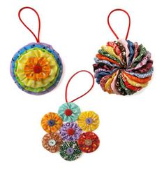 I think holiday ornaments always make a cool little gift, especially when you (or the kids) have made them yourself. And the YoYo ornament kit at Mahar Fabric Christmas Ornaments, Quilted Ornaments, Christmas Sewing, Handmade Ornaments, Christmas Crafts, Christmas Decorations, Christmas Snowman, Christmas Trees, Fabric Crafts
