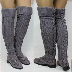 Crochet Boot Socks, Crochet Sandals, Knit Crochet, Crochet Winter Dresses, Crochet Clothes, Dress Sewing Patterns, Crochet Patterns, Shoe Refashion, Knit Shoes