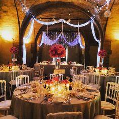 Tinaia hall for the wedding dinner Wedding Dinner, Siena, Table Settings, Cottage, Table Decorations, Home Decor, Decoration Home, Room Decor, Wedding Meals