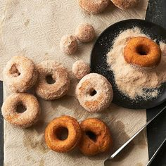 Spiced Pumpkin Donuts will get you into the mood for fall--no matter what season you enjoy this pumpkin dessert recipe. Who needs frosting for pumpkin donuts when you have pumpkin-spiced sugar? Donut Recipes, Dessert Recipes, Cooking Recipes, Dessert Healthy, Dessert Ideas, Pie Recipes, Cooking Tips, Pumpkin Recipes, Fall Recipes