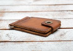 Groomsmen Gift, Leather Money Clip Wallet Perfect personalized gift for your husband, wife, girlfriend, boyfriend, brother or sister. A Minimalist credit card and cash wallet all-in-one! A functional design that it is perfect for those looking to carry their cards and cash while