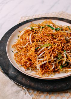 This easy, Cantonese supreme soy sauce pan-fried noodles recipe is one of. - This easy, Cantonese supreme soy sauce pan-fried noodles recipe is one of our all-time most - Soy Sauce Noodles, Pan Fried Noodles, Fried Noodles Recipe, Wonton Noodles, Stir Fry Noodles, Asian Noodles, Vegetable Ramen, Vegetable Lo Mein, Chinese Noodle Dishes