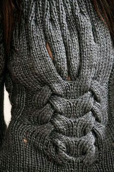 Brasil Tricô e Crochê - Handmade encomendas: Divina peça de tricô- blusão. Knitwear Fashion, Knit Fashion, Knitting Stitches, Hand Knitting, Cable Knitting, Cardigans For Women, Coats For Women, Knitting Patterns, Crochet Patterns
