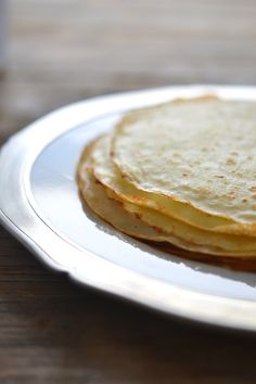 Gluten Free Crêpes (Xanthan Gum Free)-  1 3/4 cups (245 g) xanthan gum-free gluten free flour blend (162 grams superfine white rice flour + 54 grams potato starch + 29 grams tapioca starch/flour) 1/4 teaspoon kosher salt 3 eggs (180 g, out of shell) at room temperature, beaten 2 tablespoons (28 g) unsalted butter, melted and cooled 2 cups (16 fl. oz.) milk, at room temperature