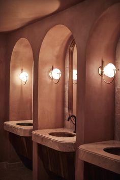 Bathroom Spa, Bathroom Toilets, Bathroom Vanity Lighting, Washroom, Bathroom Interior, Master Bathroom, Toilette Design, Spanish Home Decor, Restroom Design