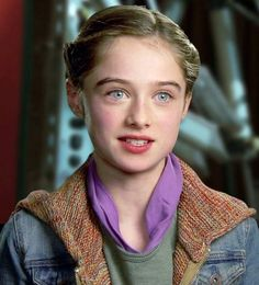 Belynda Harlequin. Adoptive Sister and Cousin of Beatrice. Age 10. Student.  Faceclaim: Raffey Cassidy