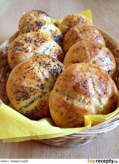 Peříčkové houstičky - kaiserky Czech Recipes, Russian Recipes, Croissant Bread, Bread And Company, Non Plus Ultra, Pan Dulce, Recipe Mix, Bread And Pastries, Breakfast Bake