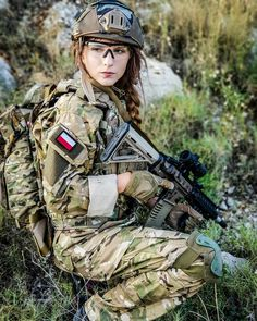 janine and elmo Fighter Girl Gun for women . ice t Fighter Girl Gun for women Airsoft, Gunslinger Girl, 3d Foto, Female Soldier, Military Girl, Warrior Girl, Military Women, Girls Uniforms, Special Forces