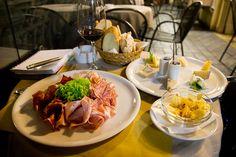 """Bar della Funicolare - """"Escapade à Bergamo, ma ville préférée de Lombardie"""" by @moimessouliers"""