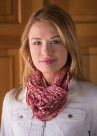 Simple Lace Cowl - from the Fall 2014 Issue of Love of Knitting magazine