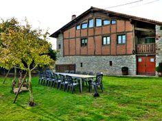 Casa Rural Apezetxea-mesas de jardin-arruitz-larraun-navarra