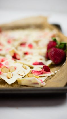 Frozen Yogurt Bark Healthy DessertsFrozen DessertsHealthy RecipesDessert