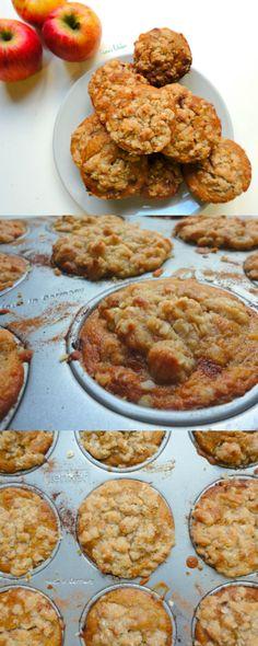 Vegan Apple Crumble Muffins (Apfelstrudel cakes) - A delicious. Vegan Apple Crumble Muffins (Apfelstrudel cakes) - A delicious low-fat muffin that makes the perfect breakfast or snack! Vegan Treats, Vegan Foods, Vegan Desserts, Vegan Recipes, Cooking Recipes, Low Fat Muffins, Vegan Muffins, Apple Crumble Muffins, Perfect Breakfast