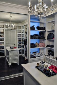Beautiful Walk-in contemporary closet interior design ideas and decor ~ organizing ideas, mirror, island, chandelier, storage ideas