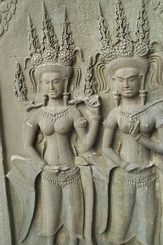 High reliefs of apsaras. Reflections across the moat to the gates of Angkor Wat. Asian Sculptures, Religion, Angkor Wat, Cambodia, Old Photos, Carving, Statue, Public Domain, Gates