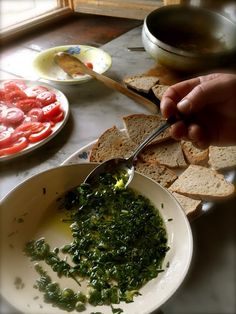 Tuscany: authentic experience on holiday: herb-gathering cookery course and nature trail with CuocheinVacanza and a herbalist.