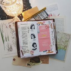 It's such a long time since I last shared a regular journalpage, so here's one. I like to keep cute teabags and notes and store them to my journal.