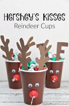 Hershey's Kisses Reindeer Cups (Smashed Peas and Carrots) Preschool Christmas, Christmas Activities, Christmas Crafts For Kids, Diy Christmas Gifts, Holiday Crafts, Holiday Fun, Christmas Holidays, Christmas Decorations, Christmas Parties