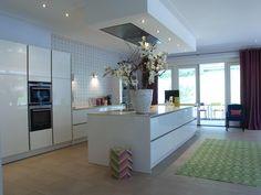 mooie keuken, wit blad