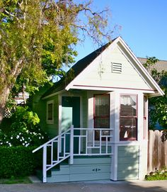 Google Image Result for http://www.tinyhousedesign.com/wp-content/uploads/2011/09/Coastal-Cottage-inspiration-house-in-Pacific-Grove.jpg