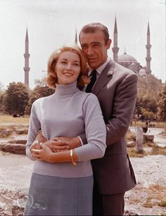 Still of Sean Connery and Daniela Bianchi in From Russia with Love
