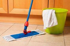 Receita caseira ótima e eficiente! Hoje a maioria das pessoas optam pelo piso porcelanato polido , tanto por sua beleza, br...